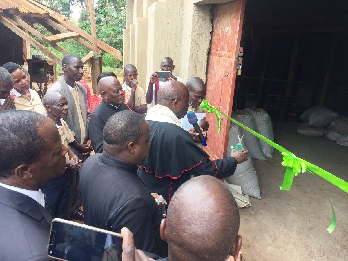 Vicar General Rev. Fr. Charles Kasibante of KLA Archdiocese opens Bukakimu hulling plant